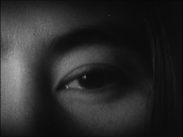 Yoko Ono, Fluxfilm no. 9 – Eyeblink, 1966. Courtesy Lightcone, Parigi.